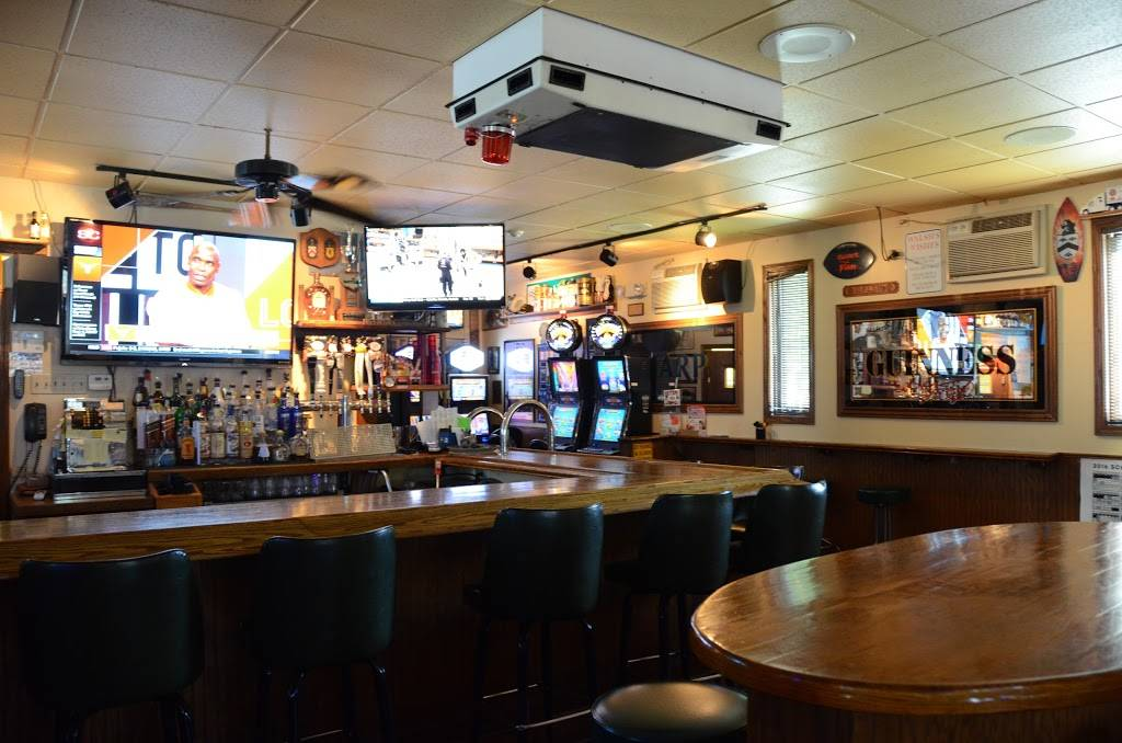Walshs Bar & Grill   restaurant   202 W Naperville Rd, Westmont, IL 60559, USA   6309685957 OR +1 630-968-5957
