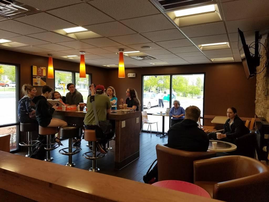 Dunkin | cafe | 1301 N 5th St, Perkasie, PA 18944, USA | 2152574000 OR +1 215-257-4000