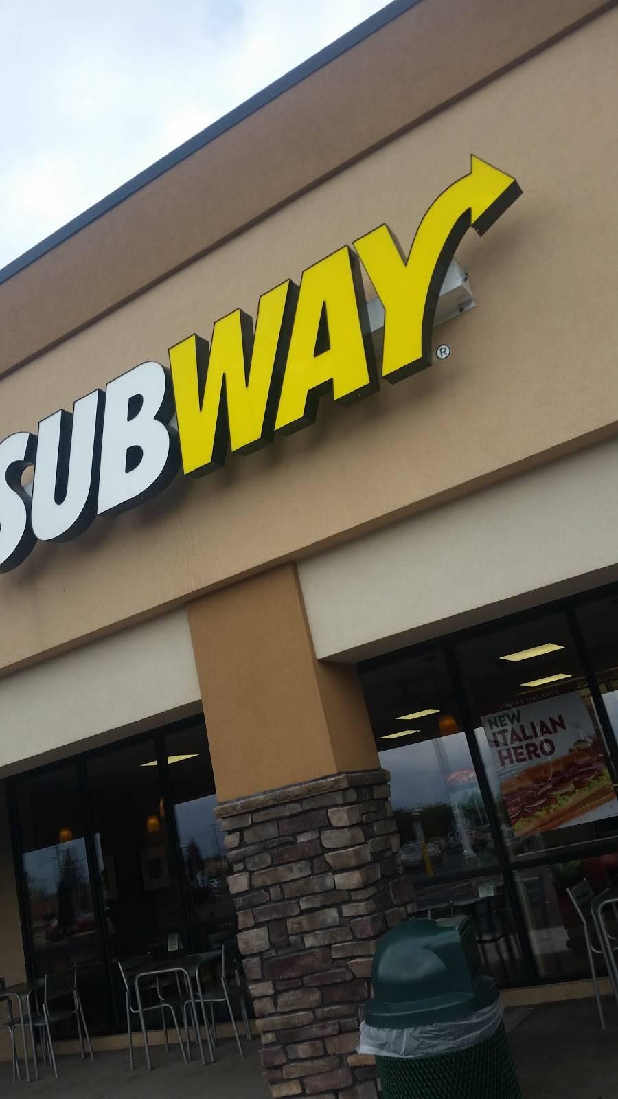 Subway   restaurant   3999 Medina Rd, Akron, OH 44333, USA   3306668362 OR +1 330-666-8362