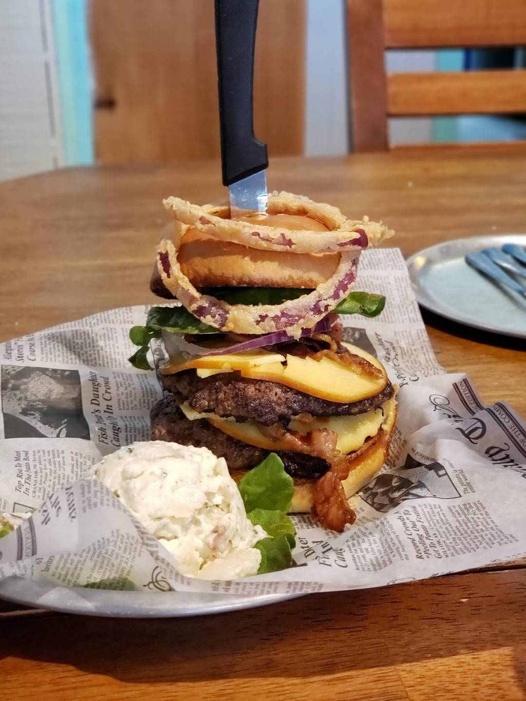 The Salty Landing   restaurant   6577 Brevard Rd, Etowah, NC 28729, USA   8285959925 OR +1 828-595-9925