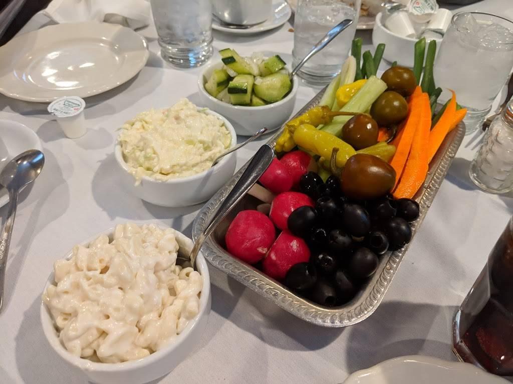 Peteys II Restaurant | restaurant | 15900 South La Grange Road, Orland Park, IL 60467, USA | 7083492820 OR +1 708-349-2820