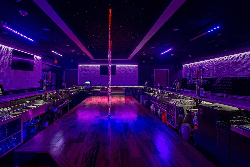 Players Club & Grill | restaurant | 213 Huyler St, South Hackensack, NJ 07606, USA | 2018806254 OR +1 201-880-6254