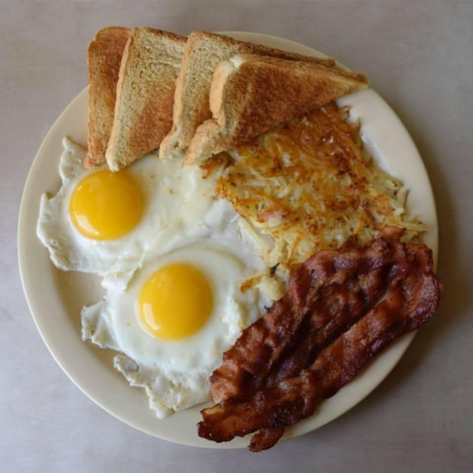 Boomarang Diner   restaurant   1000 N Hinckley St, Holdenville, OK 74848, USA   4053798182 OR +1 405-379-8182