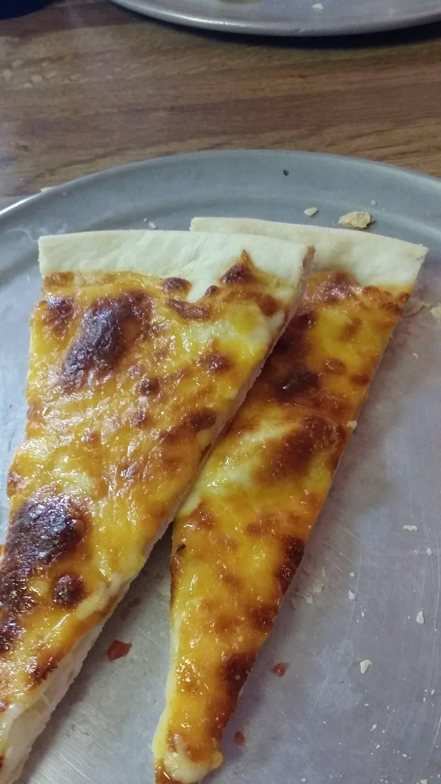 Pizza Barn | restaurant | 515 W Walnut St, Paris, AR 72855, USA | 4799633334 OR +1 479-963-3334