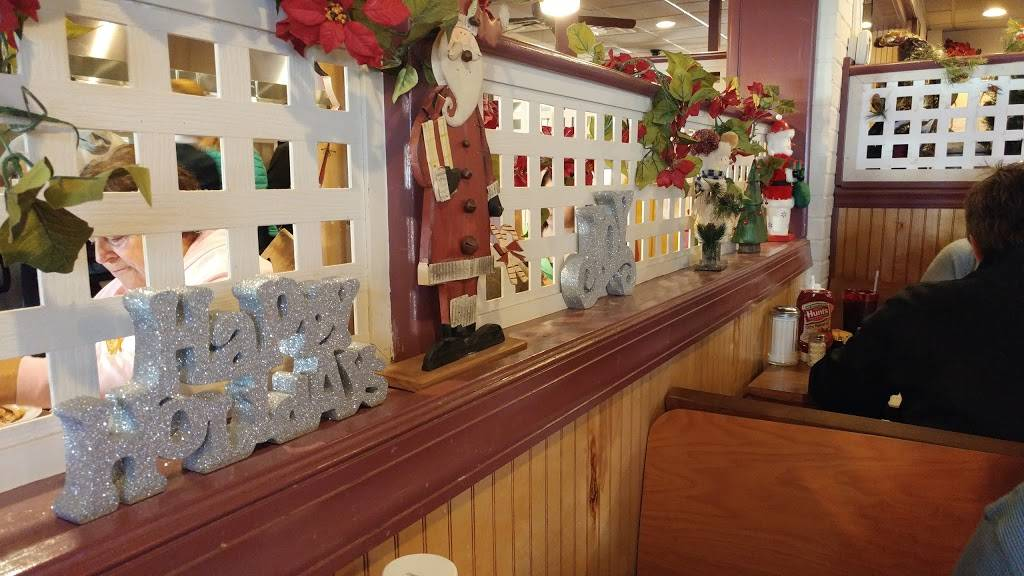 Papermill Place | restaurant | 2214 Papermill Rd, Winchester, VA 22601, USA | 5406671136 OR +1 540-667-1136