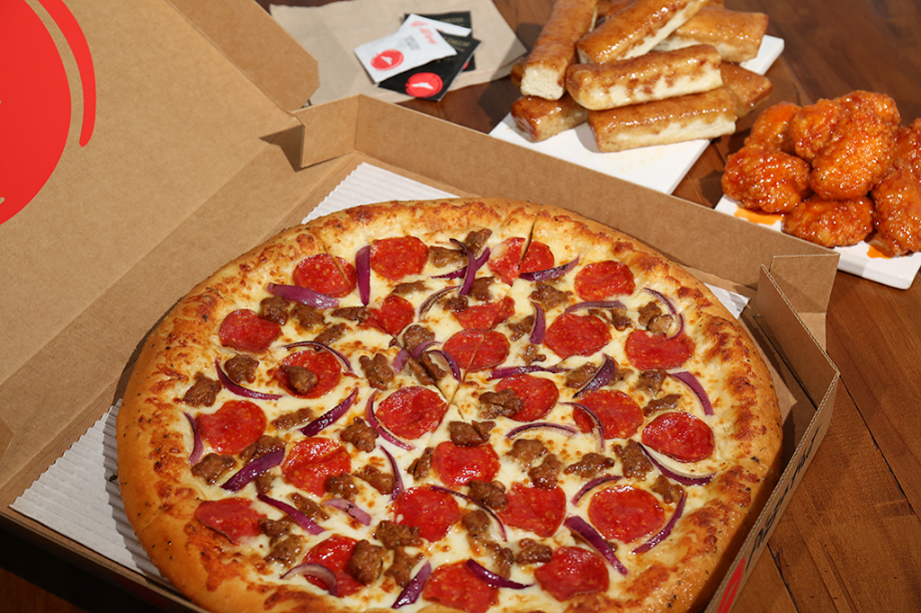 Pizza Hut | restaurant | 633 S Main St, DeForest, WI 53532, USA | 6088468484 OR +1 608-846-8484