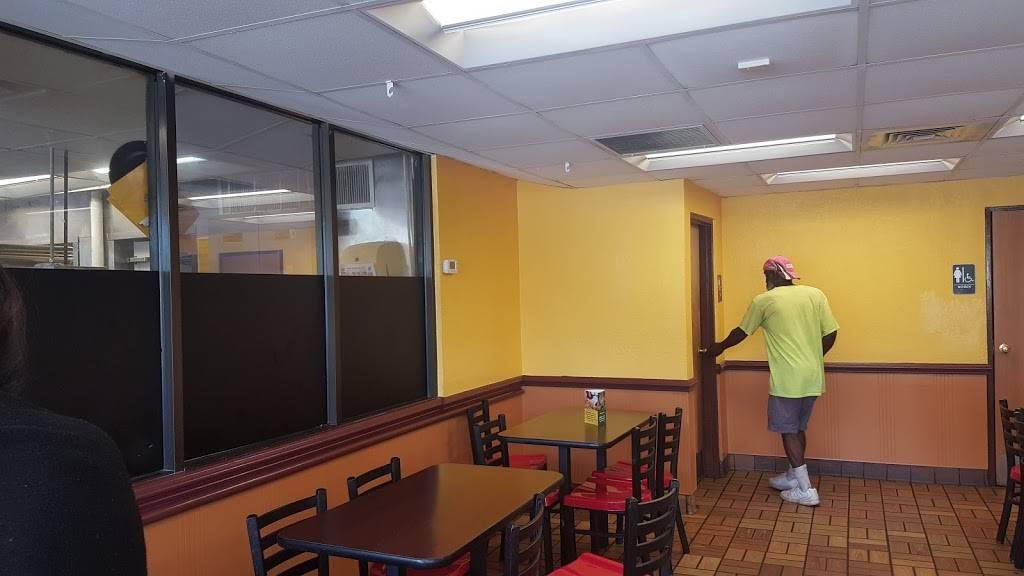 Churchs Chicken   restaurant   3510 Central Ave, St. Petersburg, FL 33711, USA   7273211400 OR +1 727-321-1400