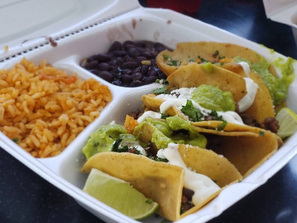 Laredo Taco Company | restaurant | 11854 Sunrise Valley Dr, Reston, VA 20191, USA
