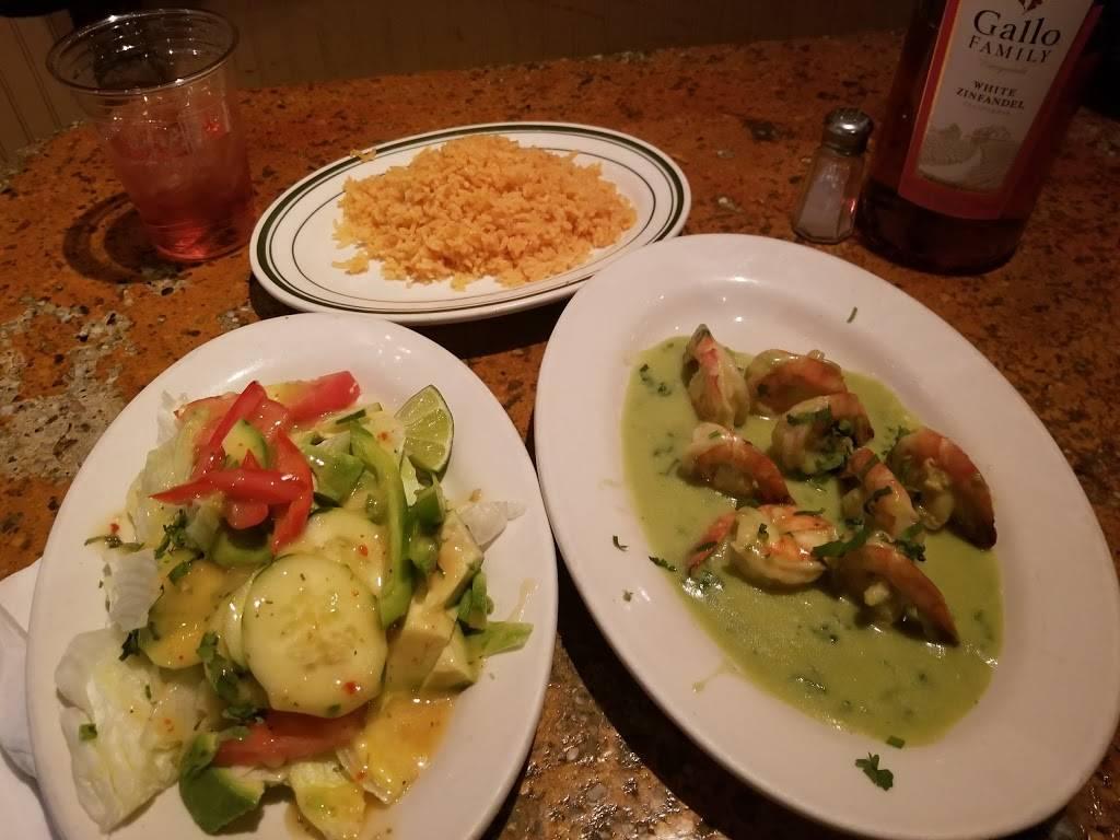 Santa Clarita | restaurant | 237 Willis Ave #2, Bronx, NY 10454, USA | 7182929399 OR +1 718-292-9399