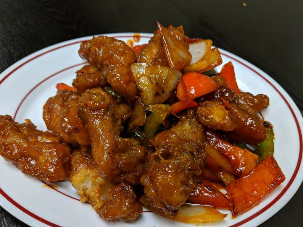 Queensway Noodle House | restaurant | 672 The Queensway S, Keswick, ON L4P 2G7, Canada | 9059890420 OR +1 905-989-0420