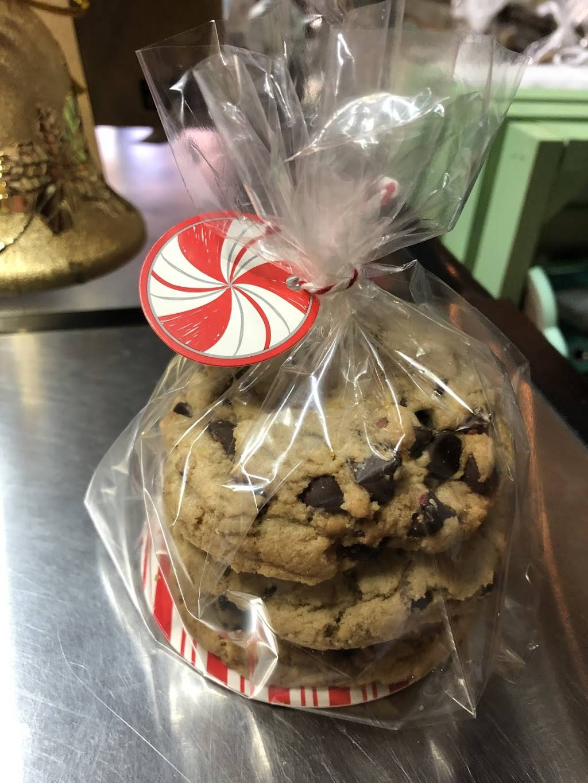 Whisked Away Bake House | bakery | 118 E Moore Ave, Terrell, TX 75160, USA | 9524843360 OR +1 952-484-3360