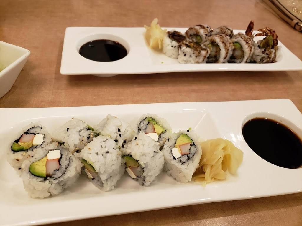 Kimono Japanese Restaurant And Sushi Bar | restaurant | 4910 Old Country Club Rd, Winston-Salem, NC 27104, USA | 3367749777 OR +1 336-774-9777