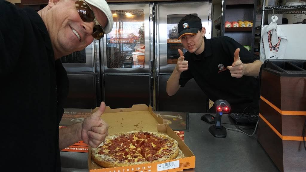 Little Caesars Pizza | meal takeaway | 1926 US-19, Holiday, FL 34691, USA | 7279379977 OR +1 727-937-9977