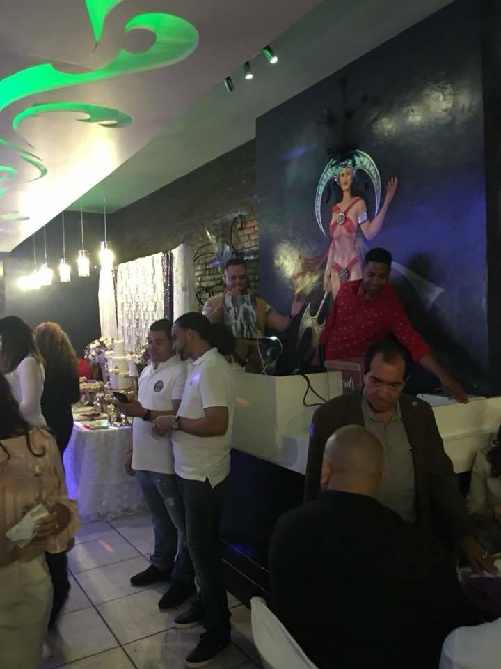 Las Tainas | restaurant | 347 Broadway # A, Brooklyn, NY 11211, USA | 7182188890 OR +1 718-218-8890