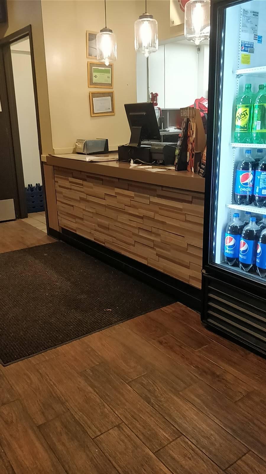 Pizza Hut   restaurant   1347 John F. Kennedy Blvd, Bayonne, NJ 07002, USA   2014368000 OR +1 201-436-8000