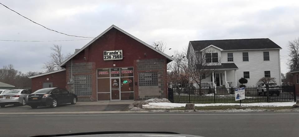 Brandos Pizza & Wings - Niagara Falls | restaurant | 9121 Buffalo Ave, Niagara Falls, NY 14304, USA | 7162367568 OR +1 716-236-7568