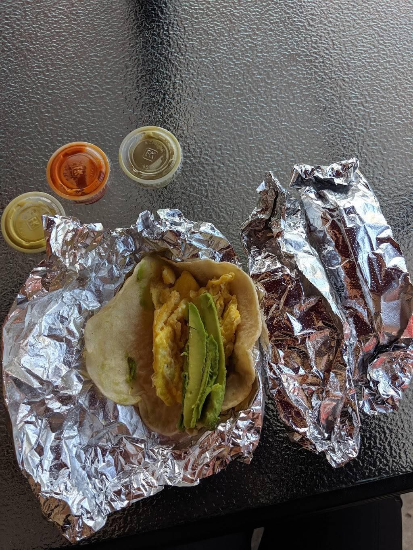 El Mana Mexican Food Truck Restaurant 1316 E 38th 1 2 St Austin Tx 78722 Usa