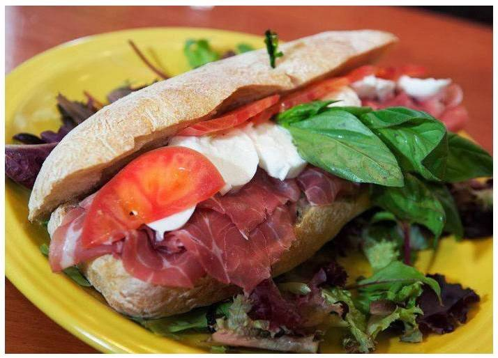Mini Deli | meal takeaway | 1266 2nd Ave, New York, NY 10065, USA | 2122882173 OR +1 212-288-2173