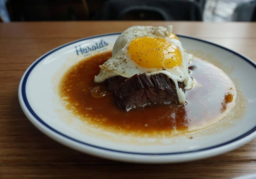 Harolds | restaurant | 2 Renwick St, New York, NY 10013, USA | 2123908484 OR +1 212-390-8484