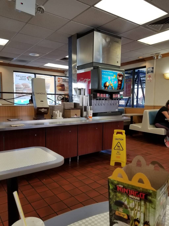 McDonalds | cafe | 5765 Broadway, Bronx, NY 10463, USA | 7187964447 OR +1 718-796-4447
