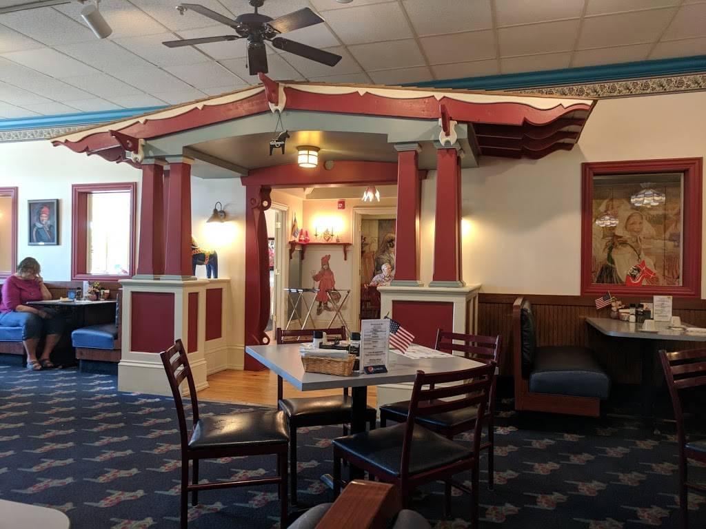 Stockholm Inn   restaurant   2420 Charles St, Rockford, IL 61108, USA   8153973534 OR +1 815-397-3534