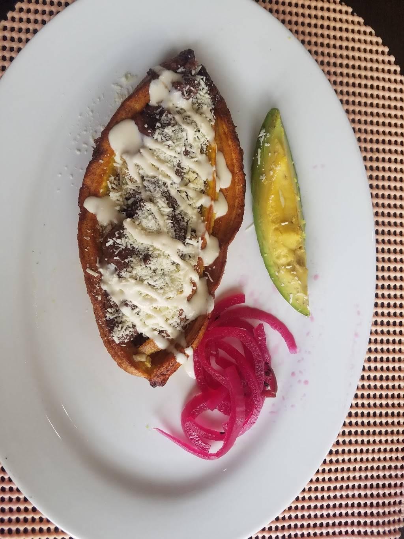 Sabor catracho bar and restaurant | restaurant | 856 Knickerbocker Ave, Brooklyn, NY 11207, USA | 7187584406 OR +1 718-758-4406