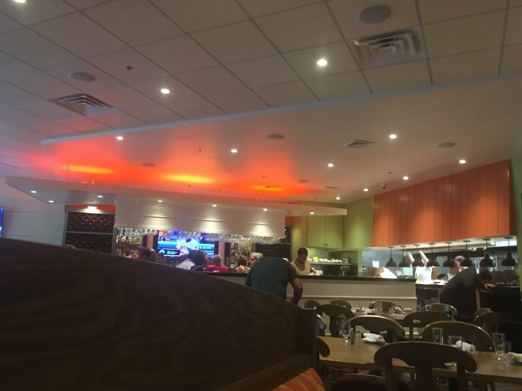 Luna Rossa | restaurant | 347 E 85th St, New York, NY 10028, USA | 2125173118 OR +1 212-517-3118