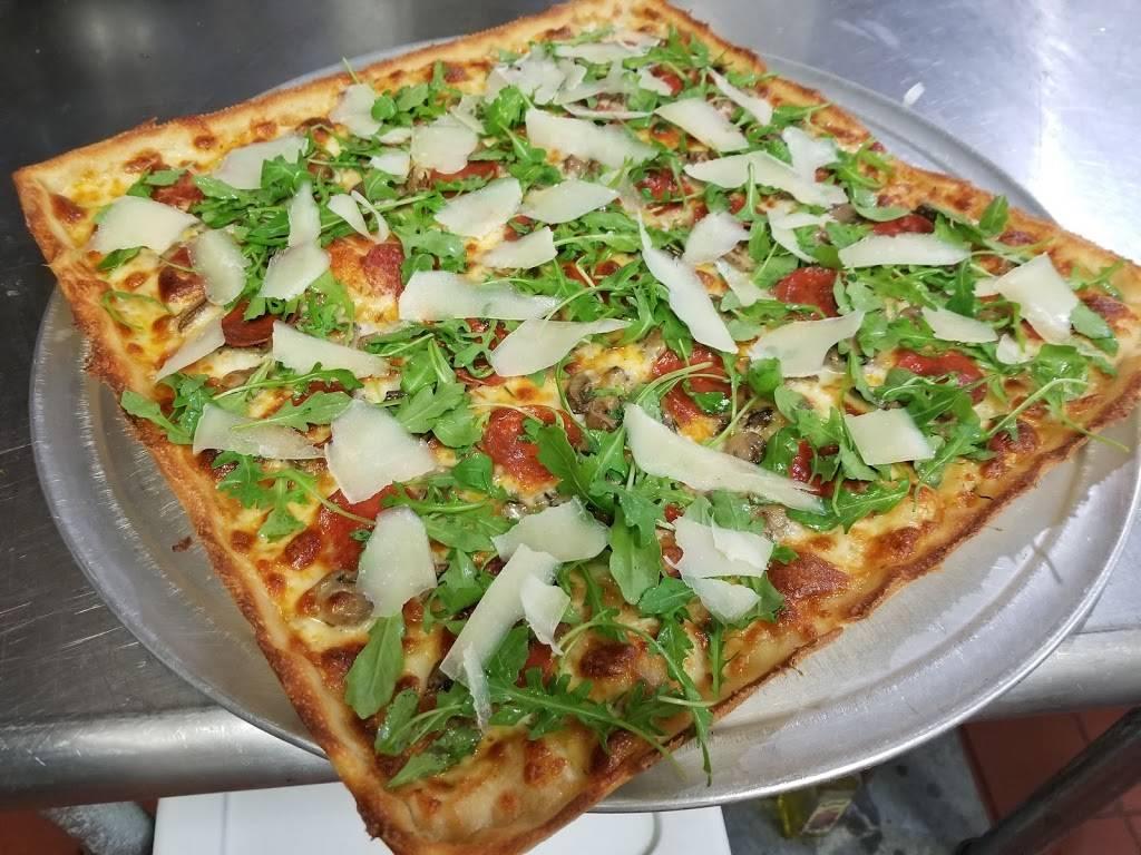 Centro Pizza Bar & Italian Kitchen | restaurant | 47-23 Vernon Blvd, Long Island City, NY 11101, USA | 7183611965 OR +1 718-361-1965