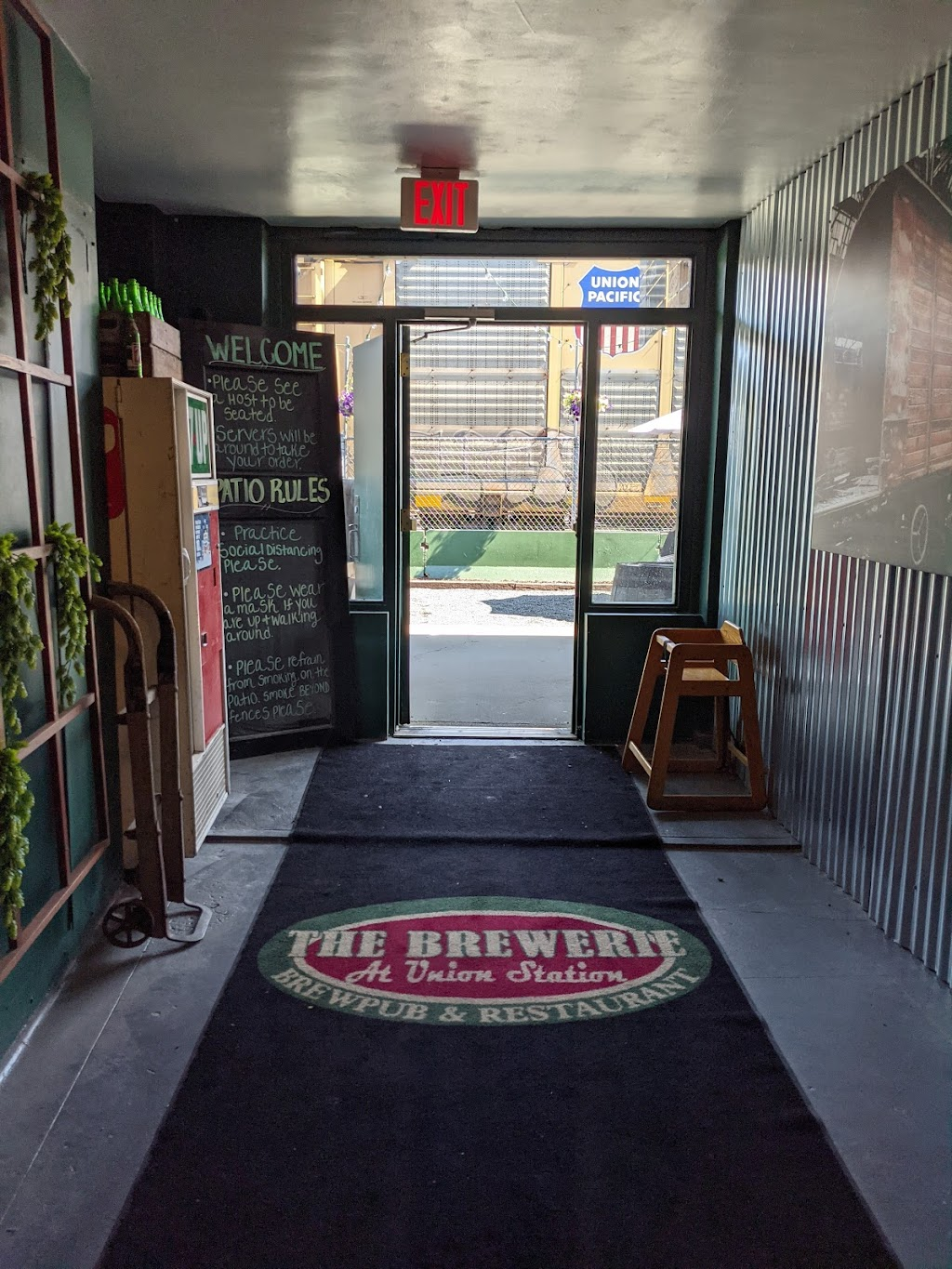 The Trackside Beer Garden   restaurant   123 W 14th St, Erie, PA 16501, USA