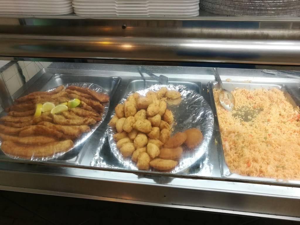 Johns BBQ Chicken | restaurant | 2828 Kingsway Dr, Oakville, ON L6J 6Z2, Canada | 9058298395 OR +1 905-829-8395