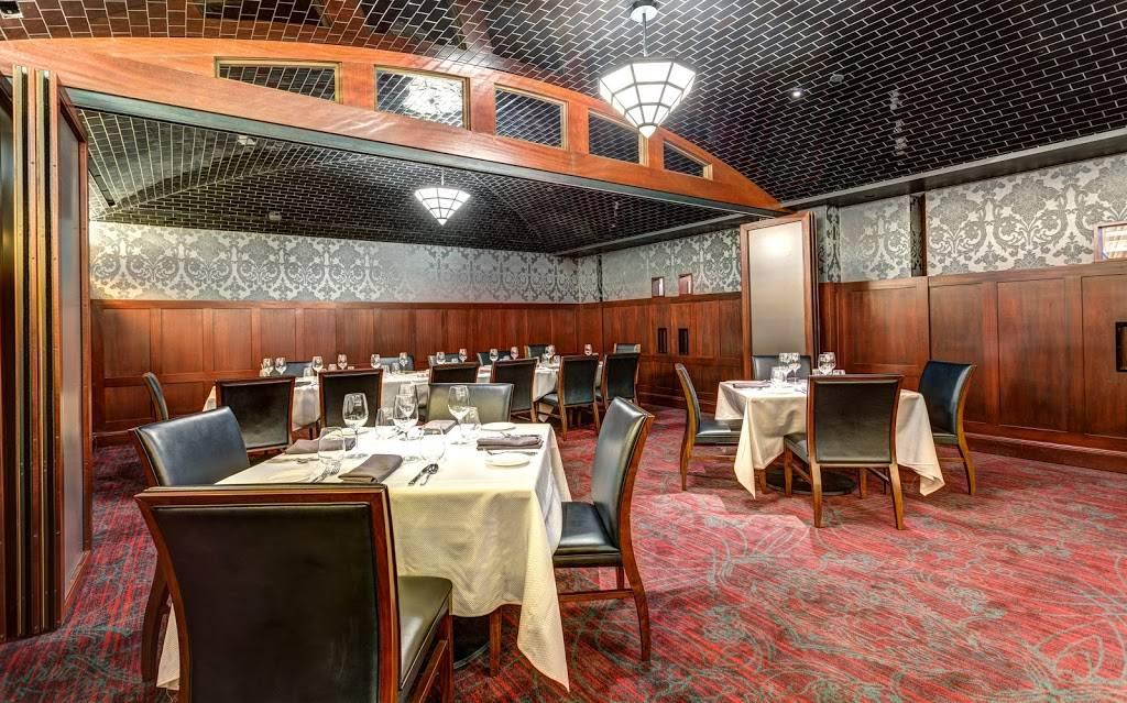 Varia | restaurant | 100 E Main St, Norfolk, VA 23510, USA | 7577636281 OR +1 757-763-6281
