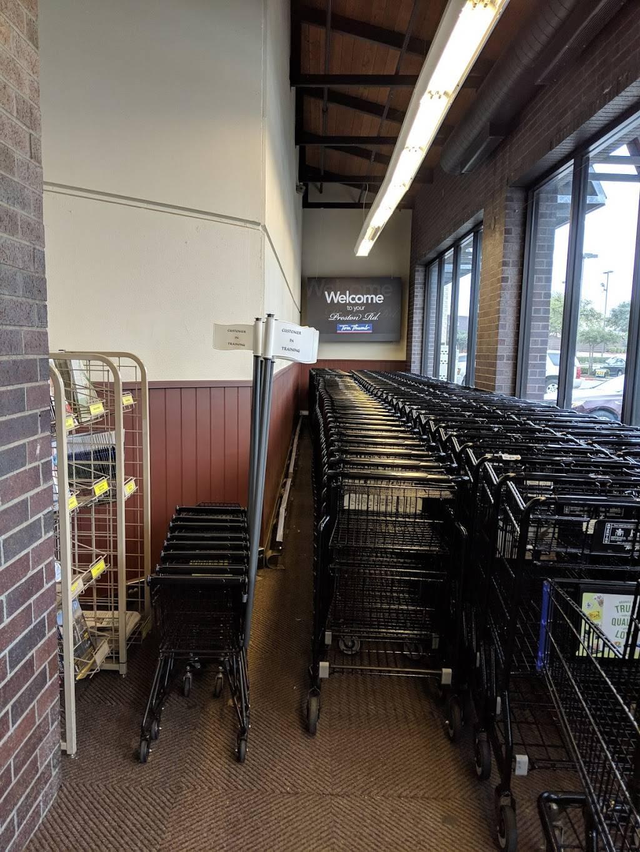 Market at Preston Forest   shopping mall   11920-11940 Preston Rd, Dallas, TX 75230, USA   2147062500 OR +1 214-706-2500