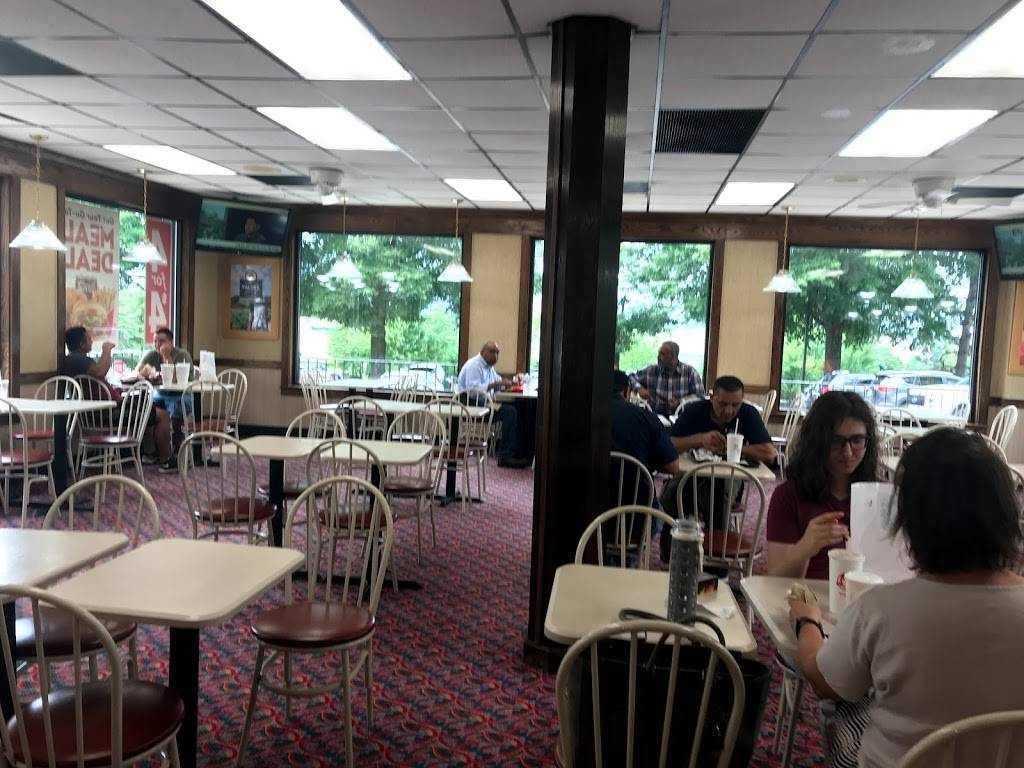 Wendys | restaurant | 1701 Bracknell Dr, Reston, VA 20194, USA | 7034377292 OR +1 703-437-7292