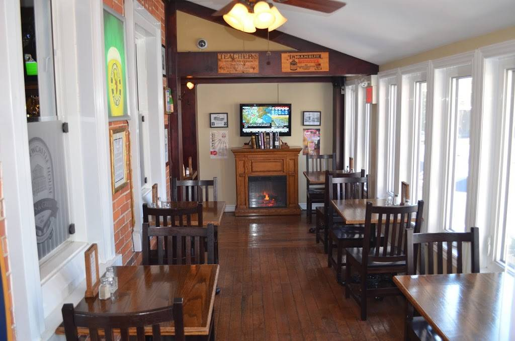 The Old Newcastle House Taps & Grill | restaurant | 119 King Ave W, Newcastle, ON L1B 1H1, Canada | 9059874200 OR +1 905-987-4200