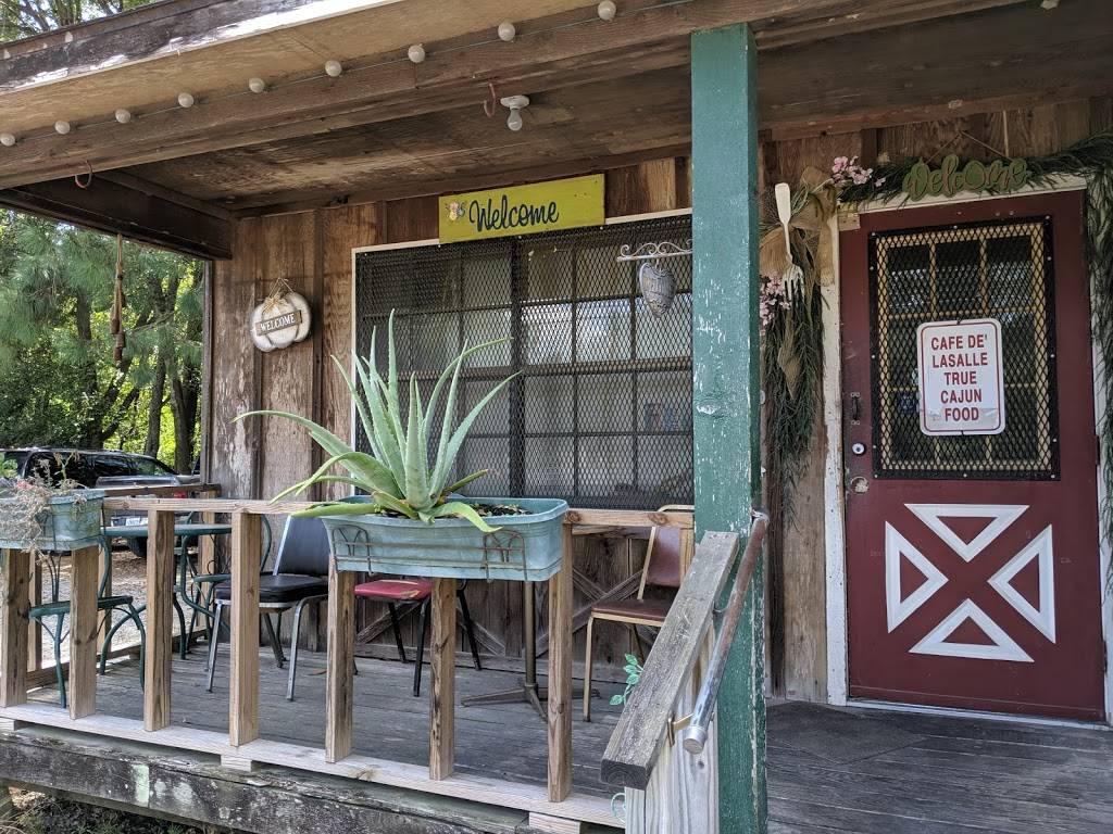Cafe De La Salle | restaurant | 714 W Lasalle St, Ville Platte, LA 70586, USA | 3373637891 OR +1 337-363-7891