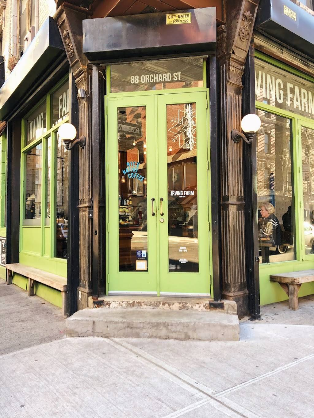 Irving Farm New York | cafe | 88 Orchard St, New York, NY 10002, USA | 2122288880 OR +1 212-228-8880
