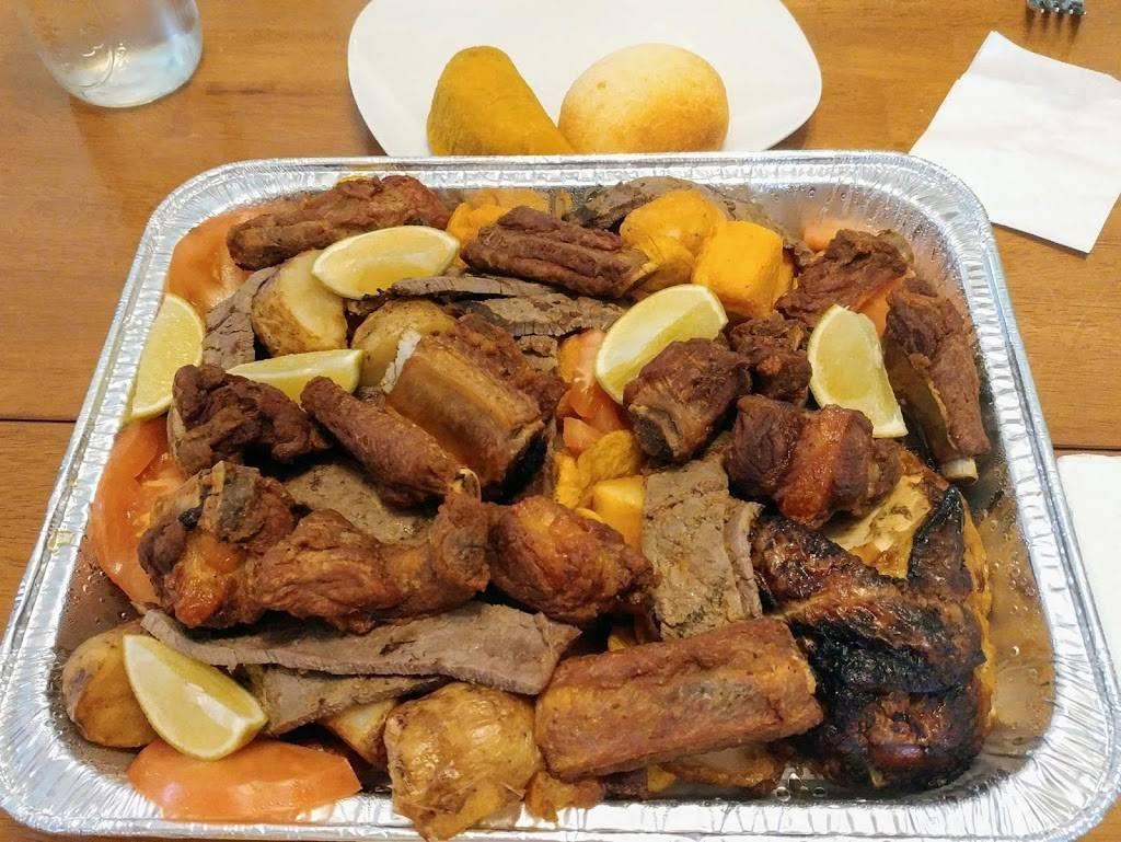 Tajadas | restaurant | 241 Bay Ridge Ave, Brooklyn, NY 11220, USA | 7188360056 OR +1 718-836-0056