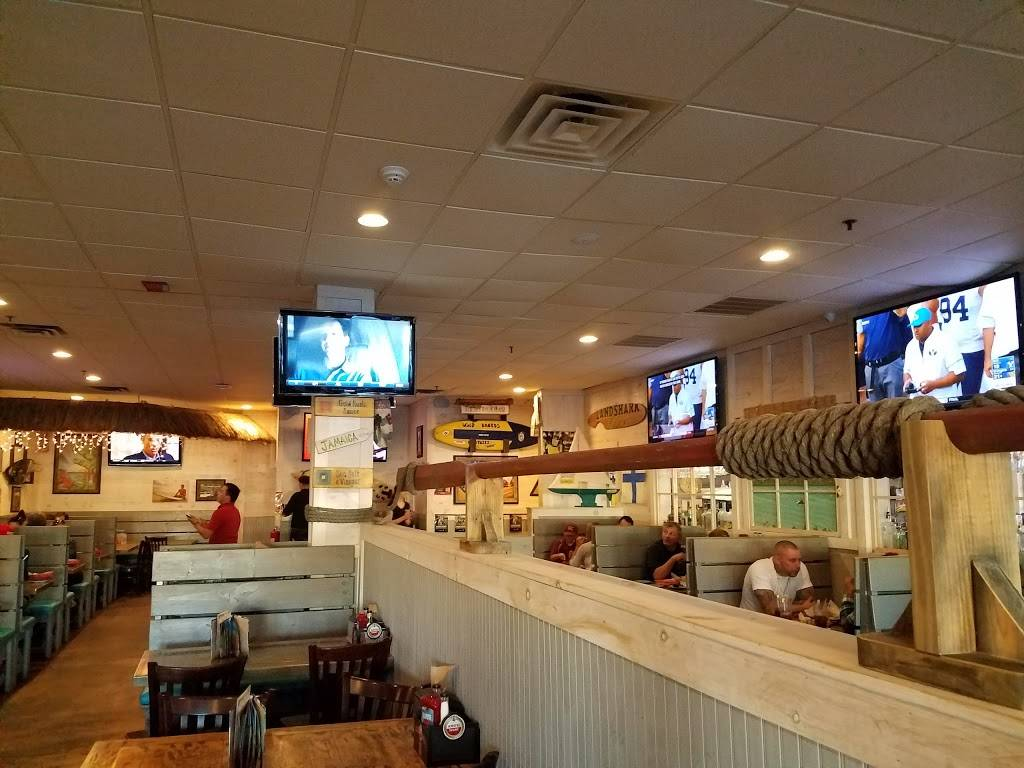 Hurricane Grill & Wings | restaurant | 630 Stewart Ave, Garden City, NY 11530, USA | 5165429464 OR +1 516-542-9464