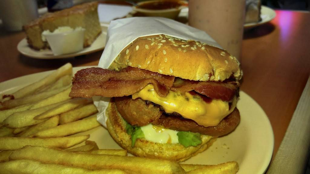 C Js BBQ | restaurant | 480 S Victoria Ave # B, Oxnard, CA 93030, USA | 8058153024 OR +1 805-815-3024