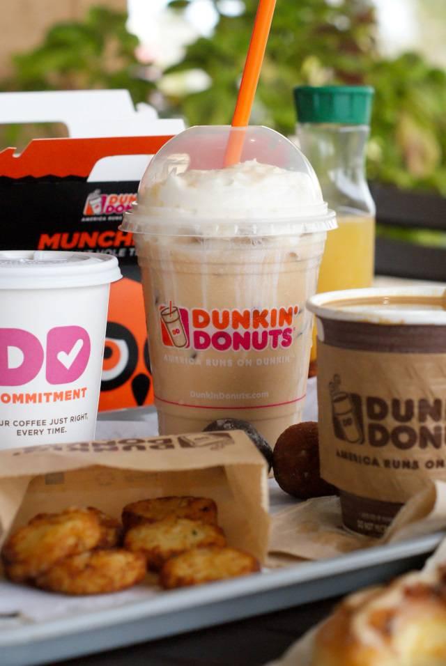 Dunkin Donuts   cafe   220 NJ-17, Hasbrouck Heights, NJ 07604, USA   2012889639 OR +1 201-288-9639