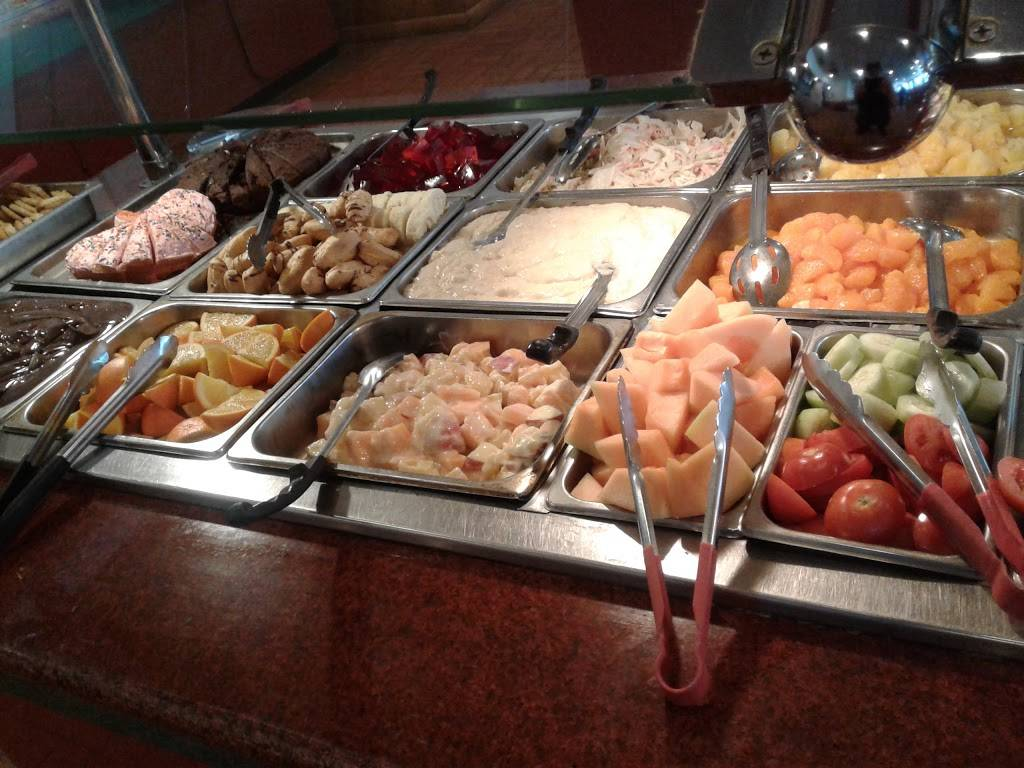 Old Great Wall Buffet | restaurant | 805 N Euclid Ave #150, Bay City, MI 48706, USA | 9896678849 OR +1 989-667-8849