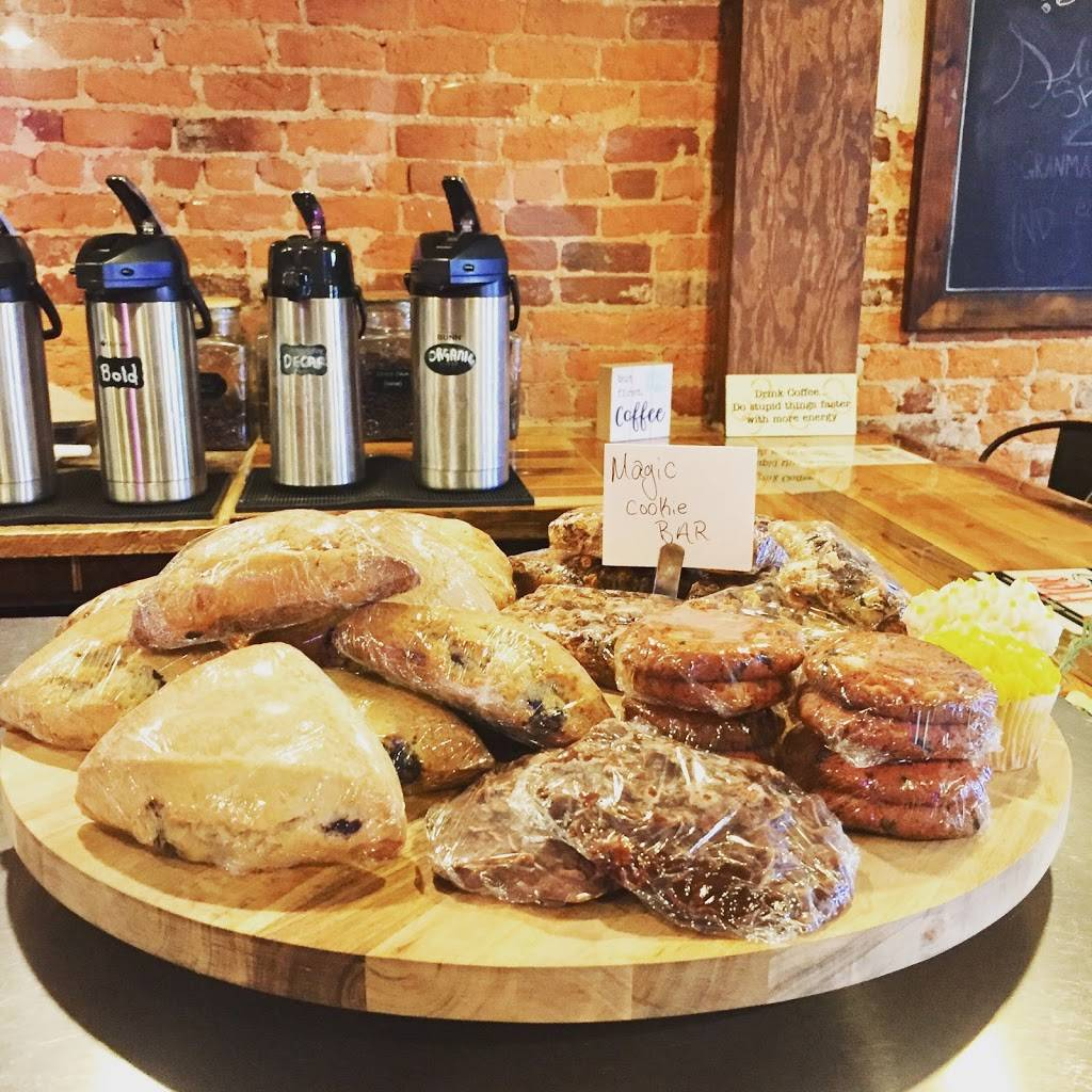 Whole Being Cafe @ Common Grounds | cafe | Historic Downtown, 5510 Main St, Flowery Branch, GA 30542, USA | 7709674080 OR +1 770-967-4080