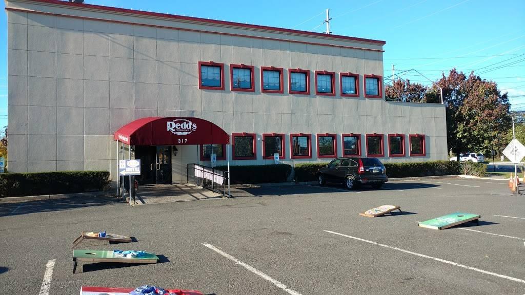 Redds | restaurant | 317 Washington Ave, Carlstadt, NJ 07072, USA | 2019330015 OR +1 201-933-0015