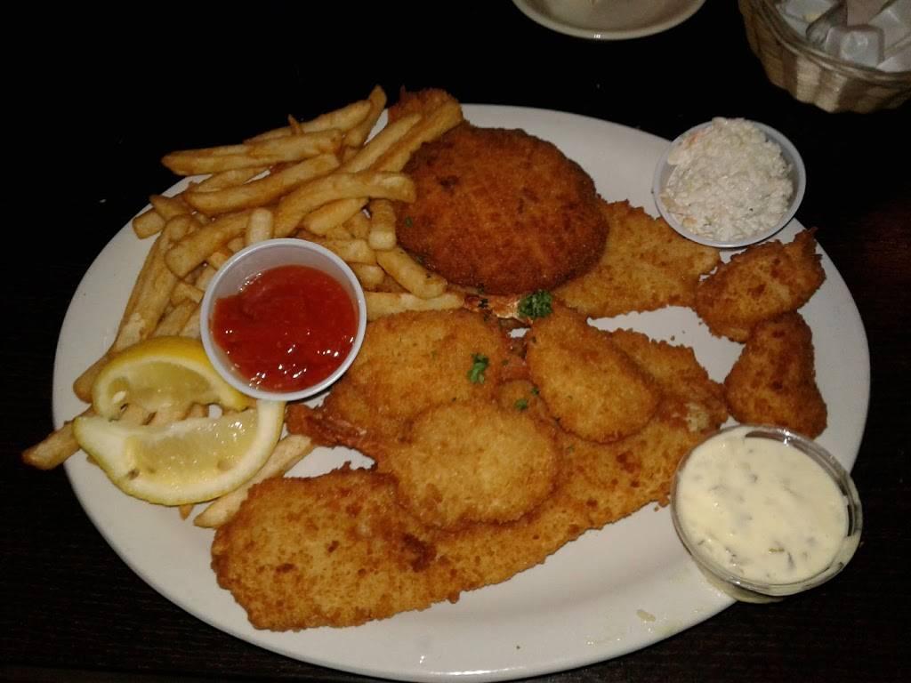 Ninos Family Restaurant   restaurant   16 S Main St, Cape May Court House, NJ 08210, USA   6094656300 OR +1 609-465-6300