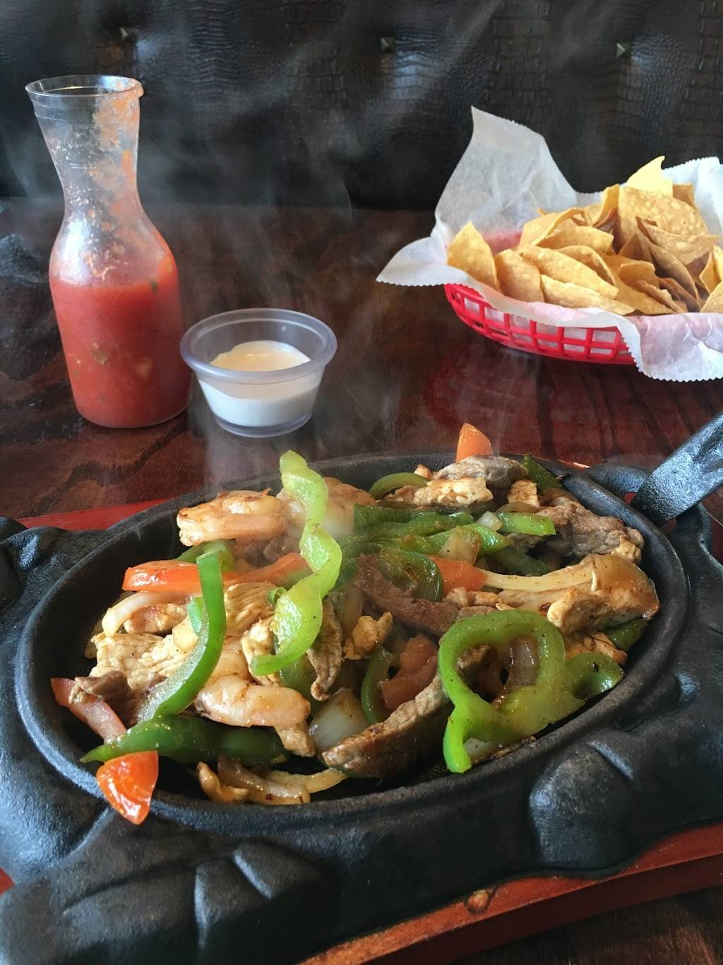 El Rodeo Mexican Restaurant | restaurant | 2642 Madison Ave, Granite City, IL 62040, USA | 6184517672 OR +1 618-451-7672