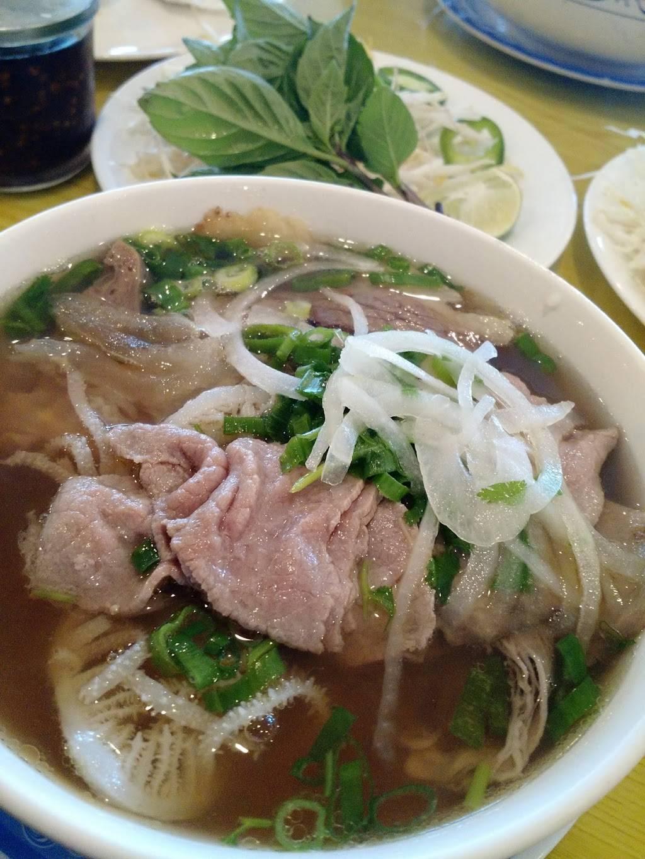 Vietnam 75 Noodle   restaurant   14437 Potomac Mills Rd, Woodbridge, VA 22192, USA   7034947777 OR +1 703-494-7777