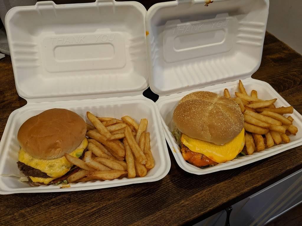 Newport Food | restaurant | 107 W 11th St, Newport, KY 41071, USA | 8598884627 OR +1 859-888-4627