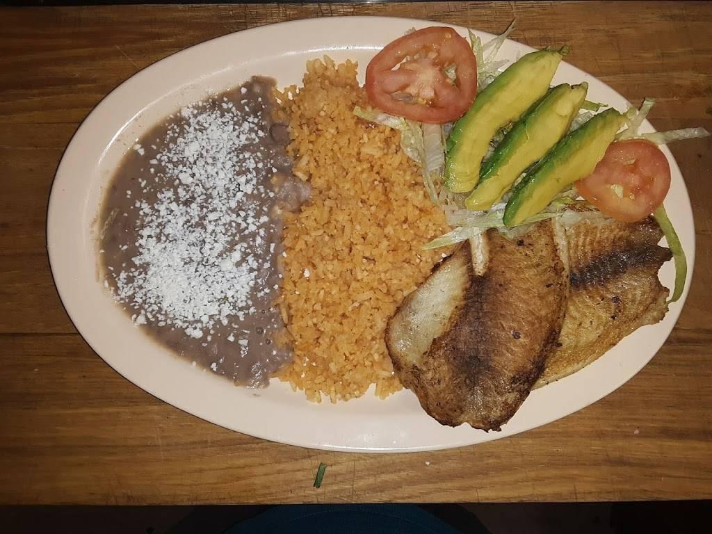 Taqueria Sofis LLC | restaurant | 2710 National Way, Woodburn, OR 97071, USA | 5038681383 OR +1 503-868-1383