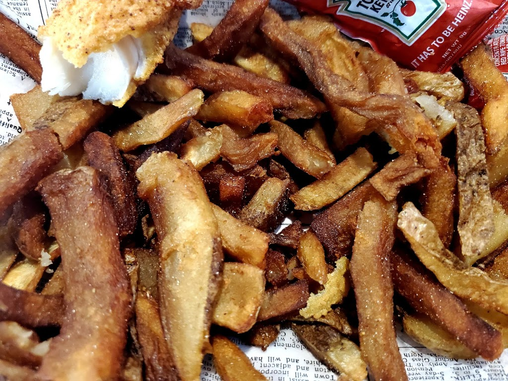 The Big Wisky Porch | restaurant | 1 Waterside Dr, Norfolk, VA 23510, USA | 7579379228 OR +1 757-937-9228