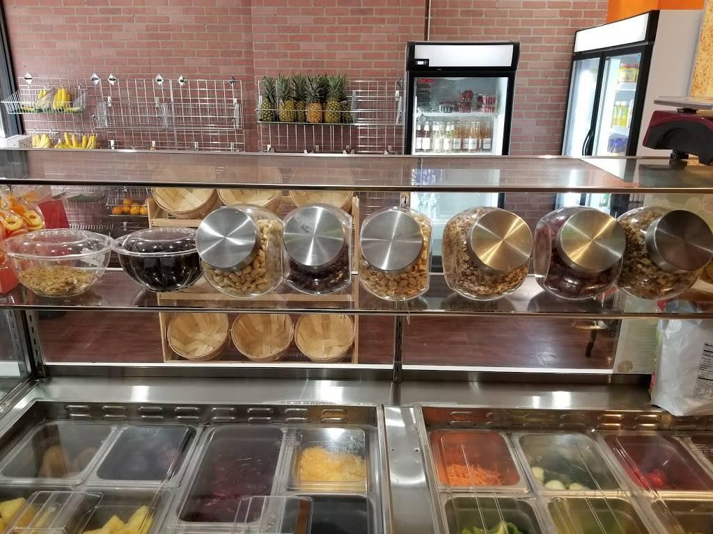 Nikas Market Delights | restaurant | 42 W 183rd St, Bronx, NY 10453, USA | 7187084883 OR +1 718-708-4883